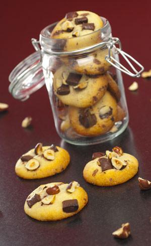 Cookies moelleux au chocolat au lait et noisettes